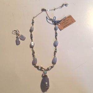 New Chalcedony & crystal necklace & Earrings